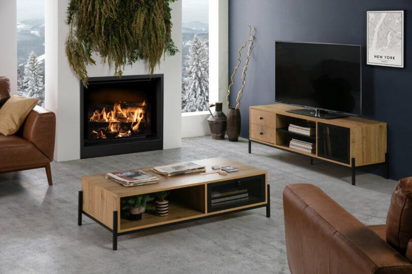 TV SKŘÍŇKA MATEL 144 X 50 CM