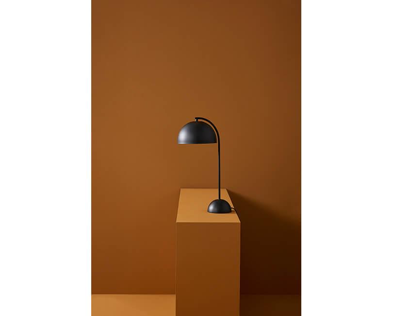 Stolní lampa hübsch black