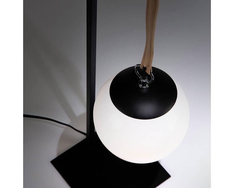 STOLNÍ LAMPA MONTEIRO ČERNÁ
