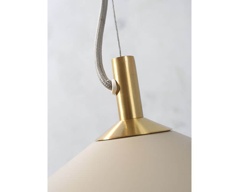 STROPNÍ LAMPA MONTREAUX PÍSKOVÁ