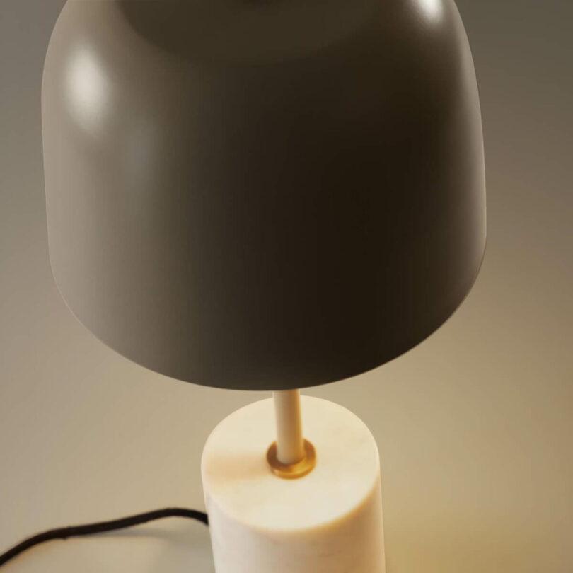 STOLNÍ LAMPA ALISH