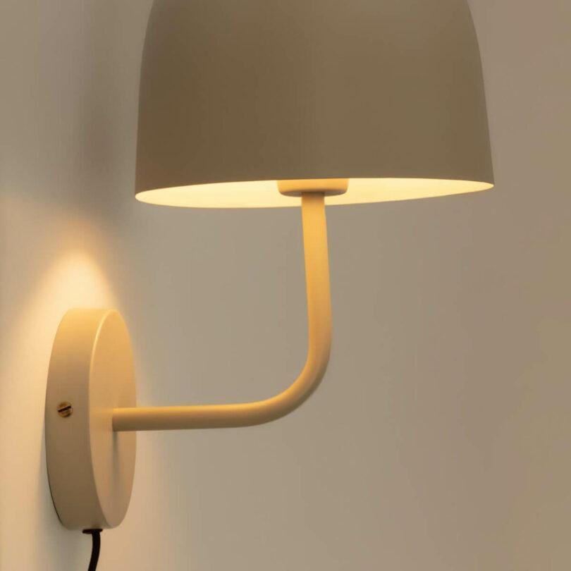 NÁSTĚNNÁ LAMPA ALISH