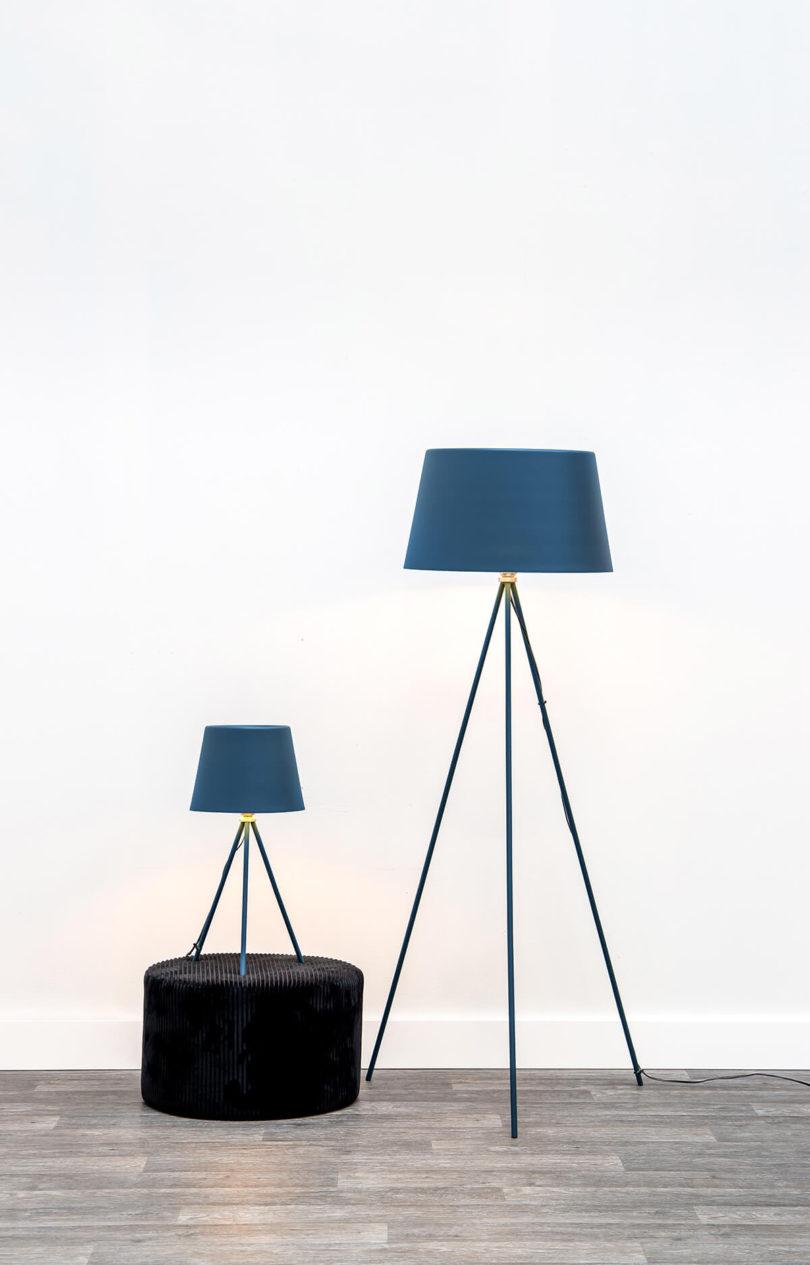STOJÍCÍ LAMPA CLASSY MODRÁ