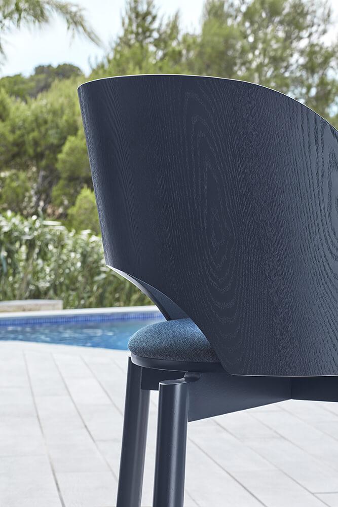 Teulat_Dam_Chair_Blue_Detail